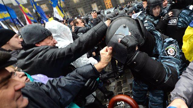 Ukraine-Kiev-manifestations-2013